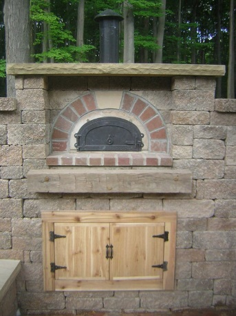 H&M Landscaping Chardon Outdoor Pizza Oven Installation