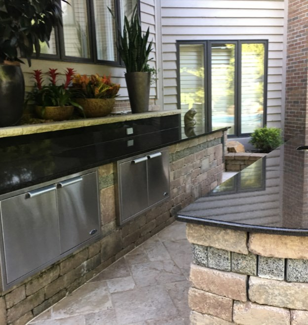 Outdoor Kitchen in Cleveland Installed by H&M Landscaping