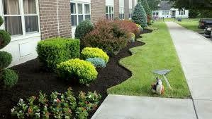 Cleveland Landscaping Services, Landscape Bed Edging, Mulching and Spring Yard Cleanups
