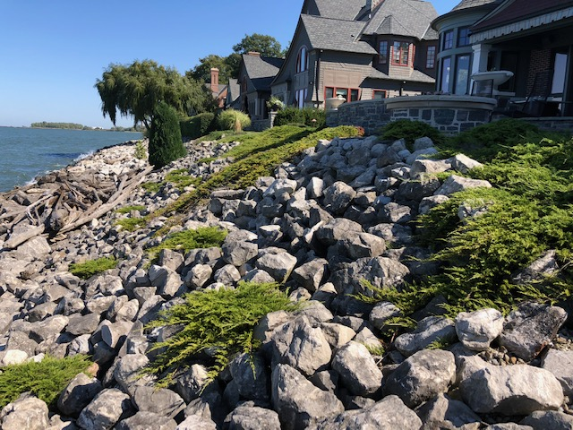 Cleveland's H&M Landscaping Creeping Juniper Ground Cover Installation