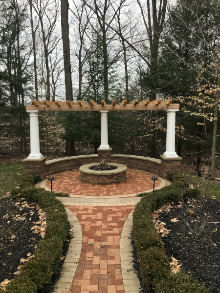 Cleveland Landscaping Pillars Seating Wall Pergola Installation