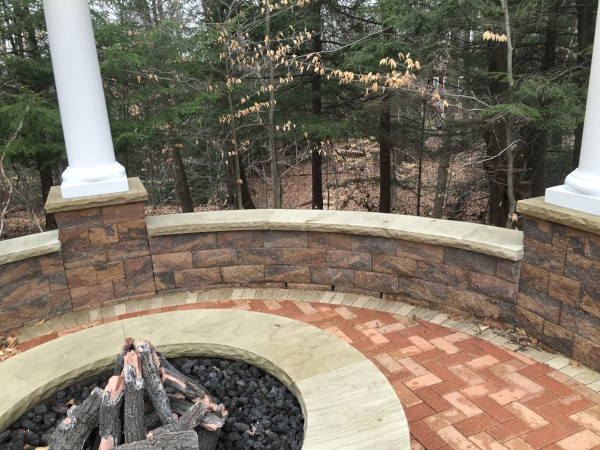 Cleveland Landscaping Seating Wall and Pillars Installation