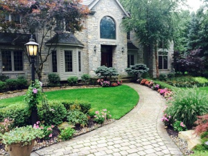 Cleveland Landscaping Spring Yard Clean-up