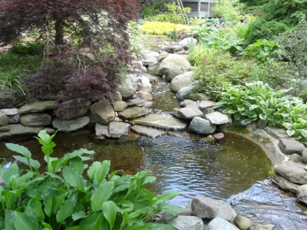 Fountains, Waterfalls, Ponds & Streams Built by our Cleveland Area Landscapers